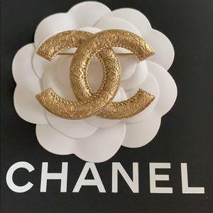 SOLD OUT! NIB Chanel 20C Royal Railway Gold Brooch